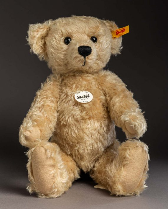 Steiff Luca Teddy Bear Soft Toy - Send a Cuddly